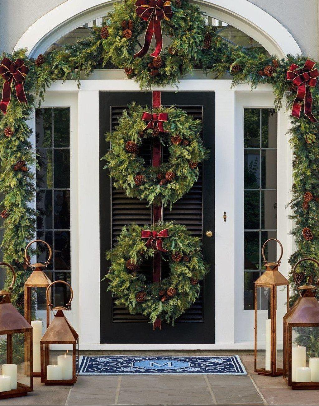 Fabulous Christmas Patio Decor Ideas 20