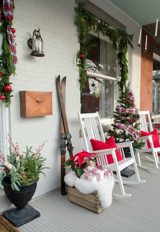 Fabulous Christmas Patio Decor Ideas 24