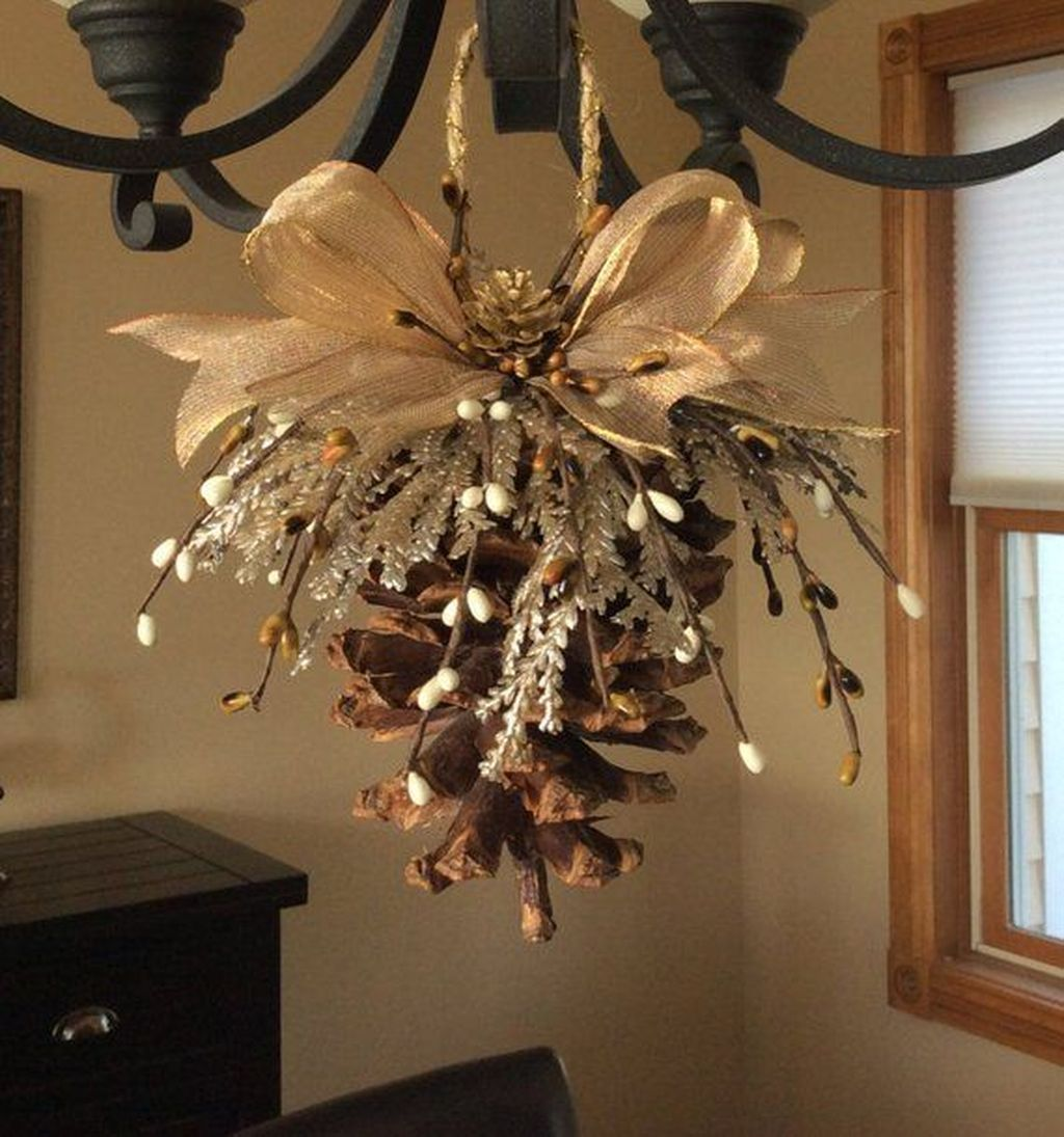 Fabulous Christmas Pine Cone Decorations 03