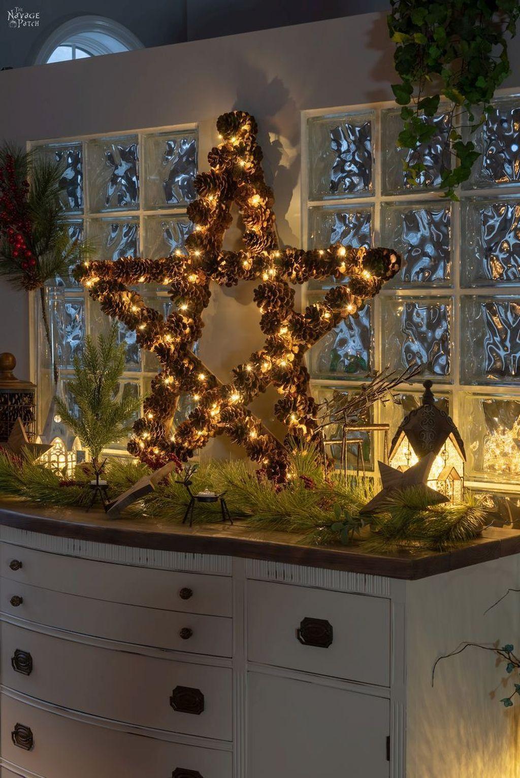 Fabulous Christmas Pine Cone Decorations 38