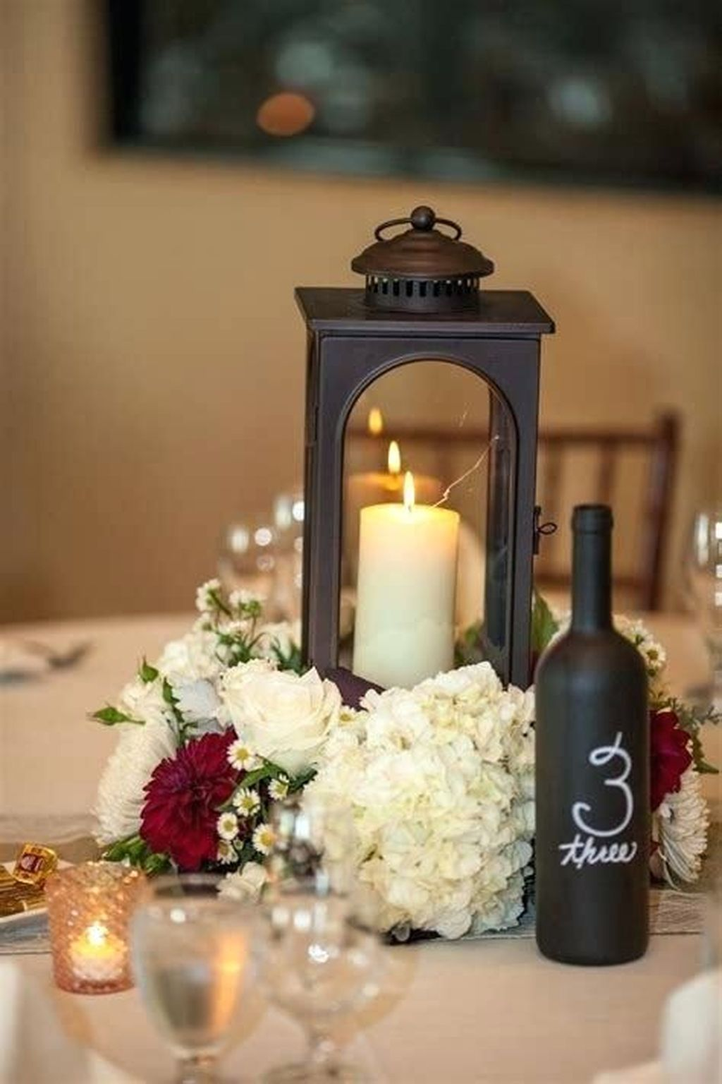 Fabulous Winter Lantern Centerpieces Ideas 21
