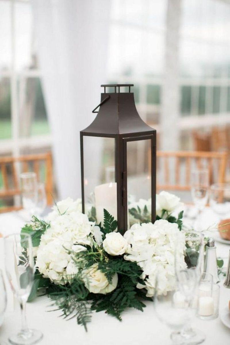 Fabulous Winter Lantern Centerpieces Ideas 42