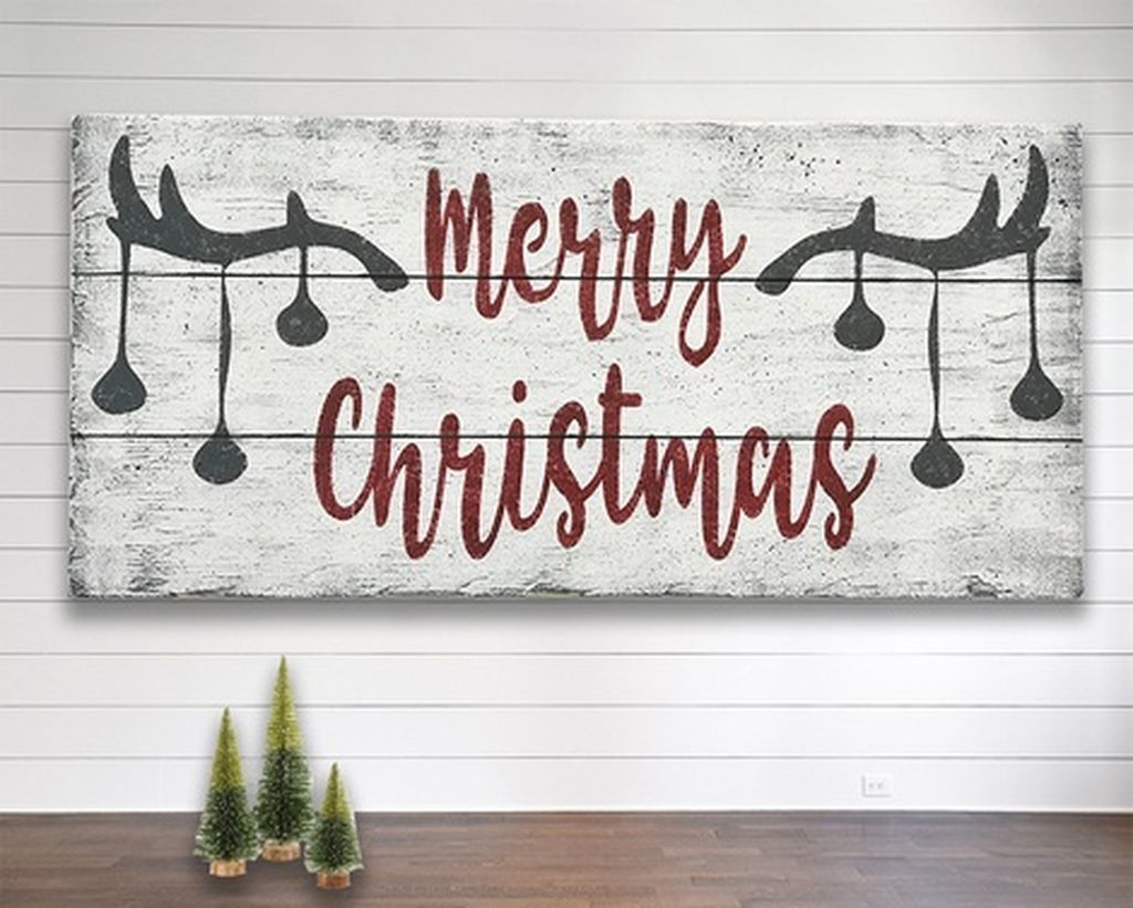 Lovely Christmas Wall Decor Ideas For Your Homes 23