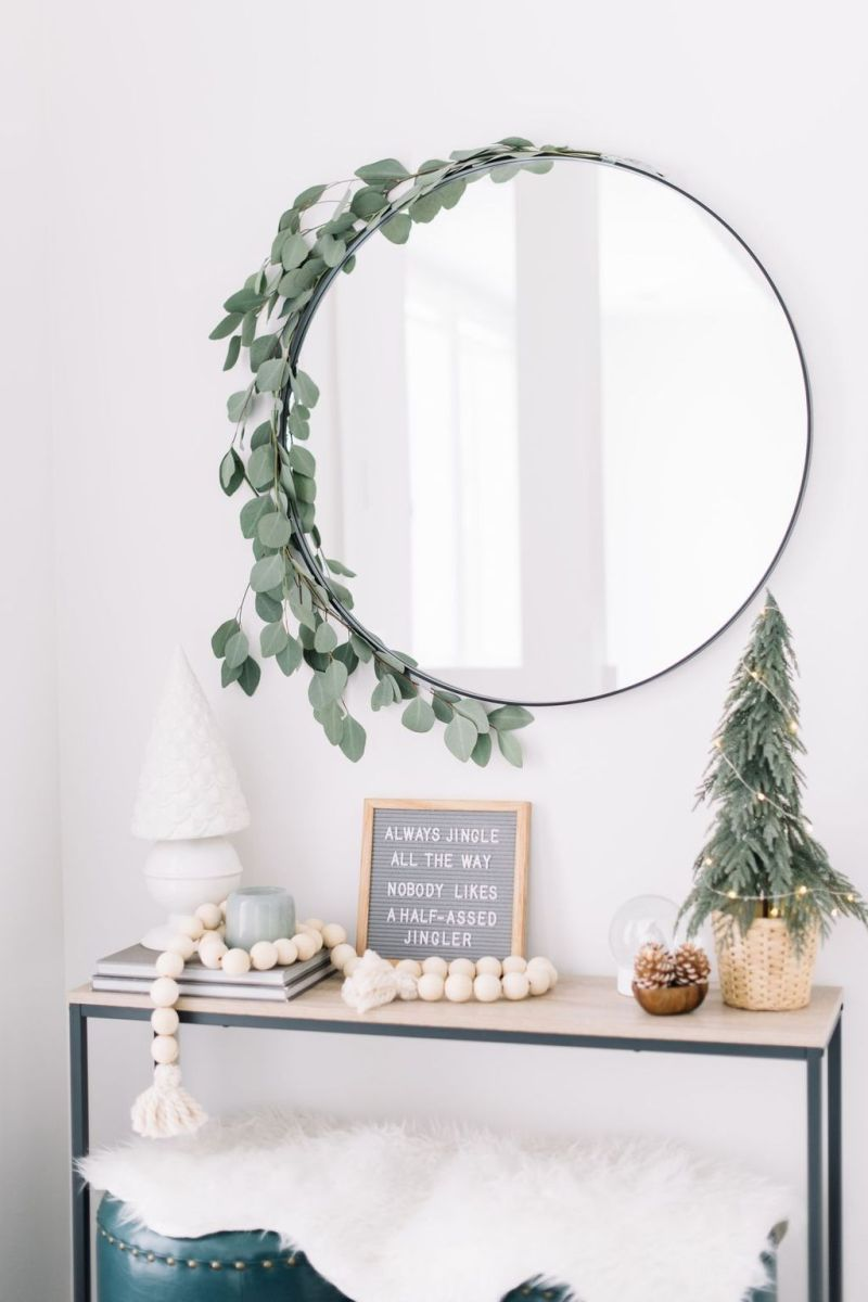 Lovely Christmas Wall Decor Ideas For Your Homes 41