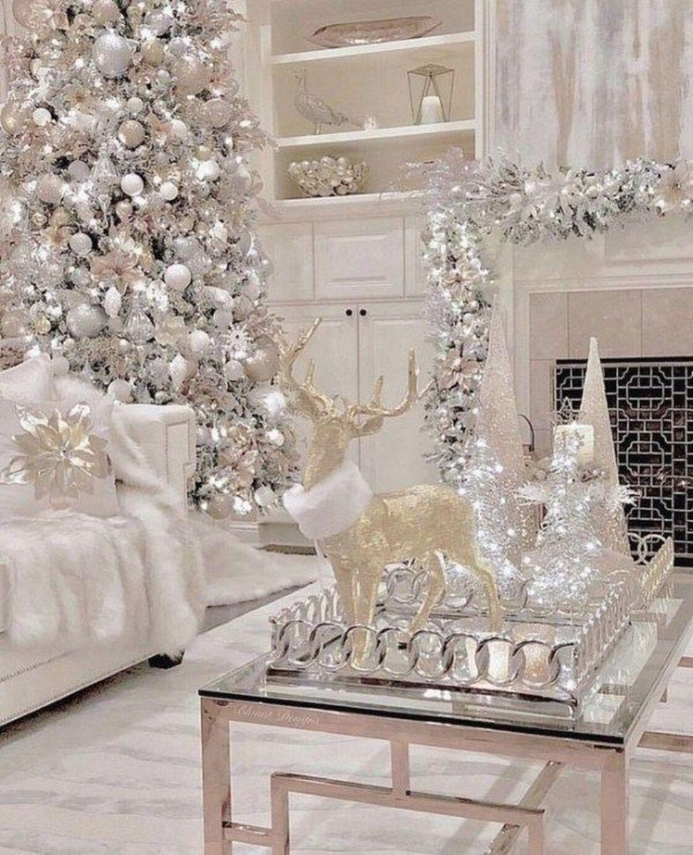 Lovely Winter Wonderland Home Decoration Ideas Look Beautiful 03