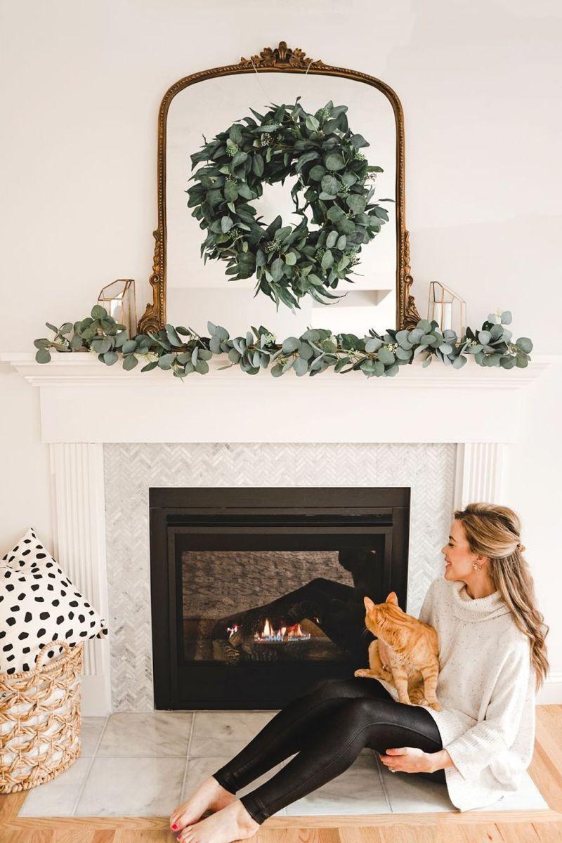 Nice Fireplace Decor Ideas Best For Wintertime 26