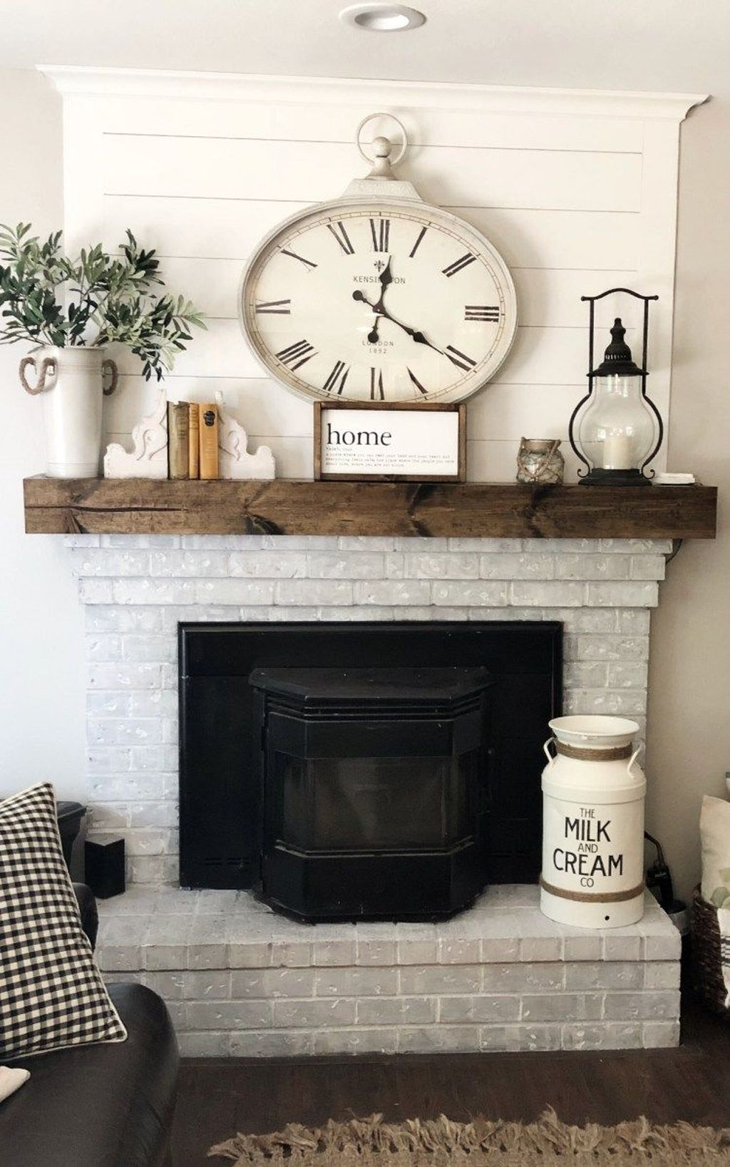 Nice Fireplace Decor Ideas Best For Wintertime 36