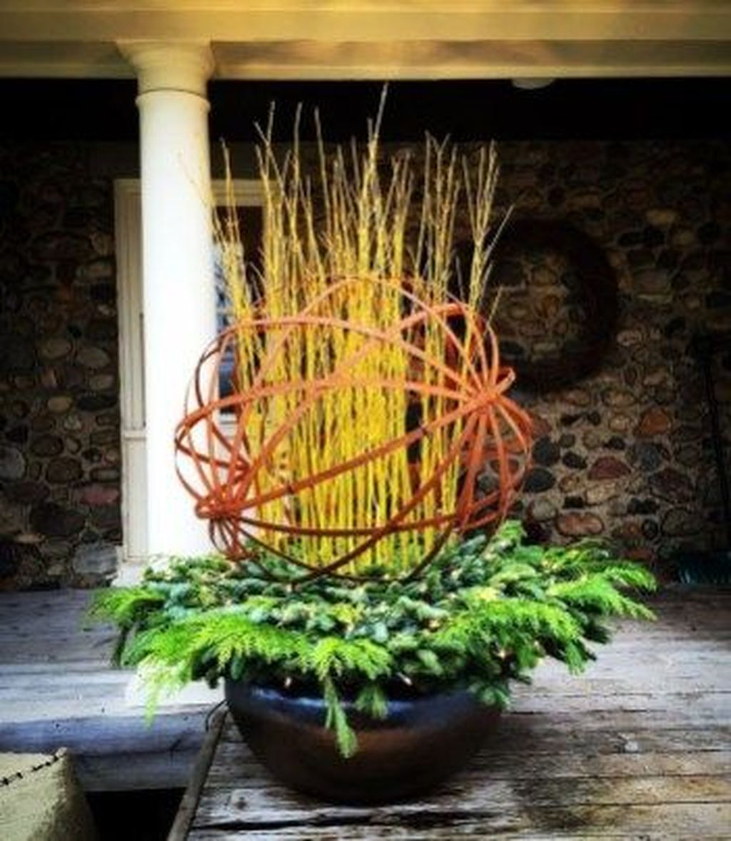Perfect Outdoor Winter Planters Ideas 15
