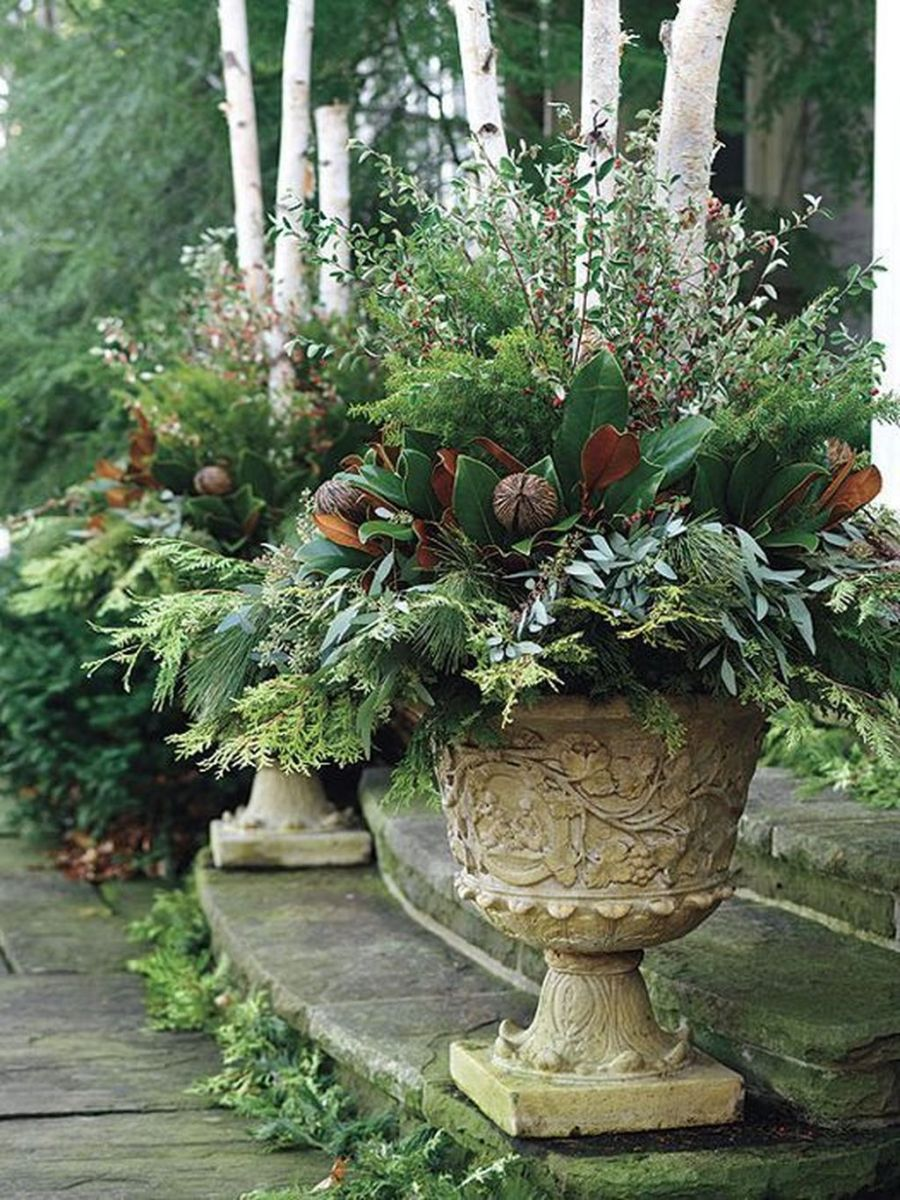 Perfect Outdoor Winter Planters Ideas 21