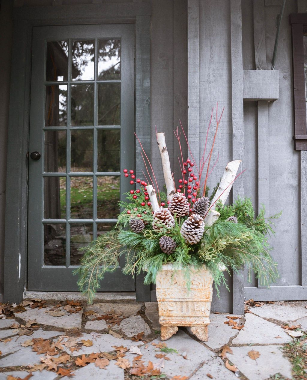 Perfect Outdoor Winter Planters Ideas 24