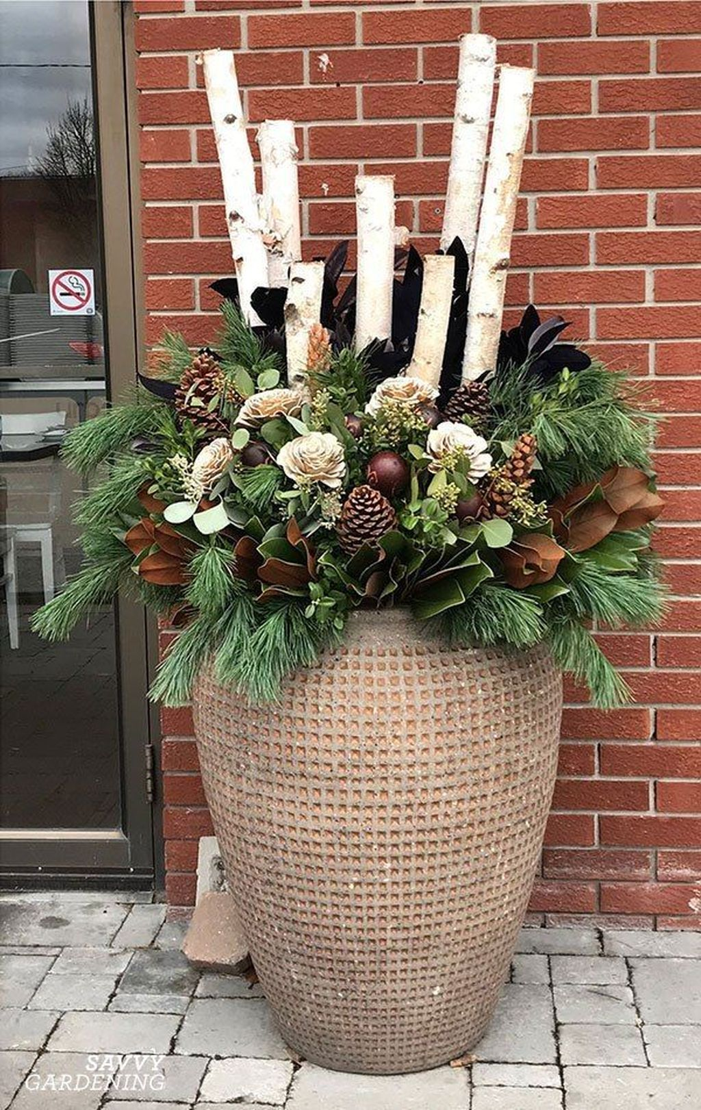 Perfect Outdoor Winter Planters Ideas 27