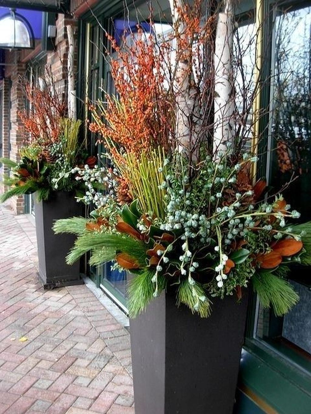 Perfect Outdoor Winter Planters Ideas 46