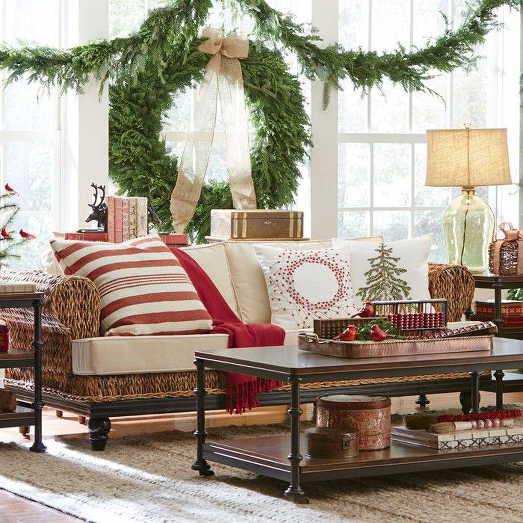 Popular Christmas Theme Coffee Table Decoration Ideas 35