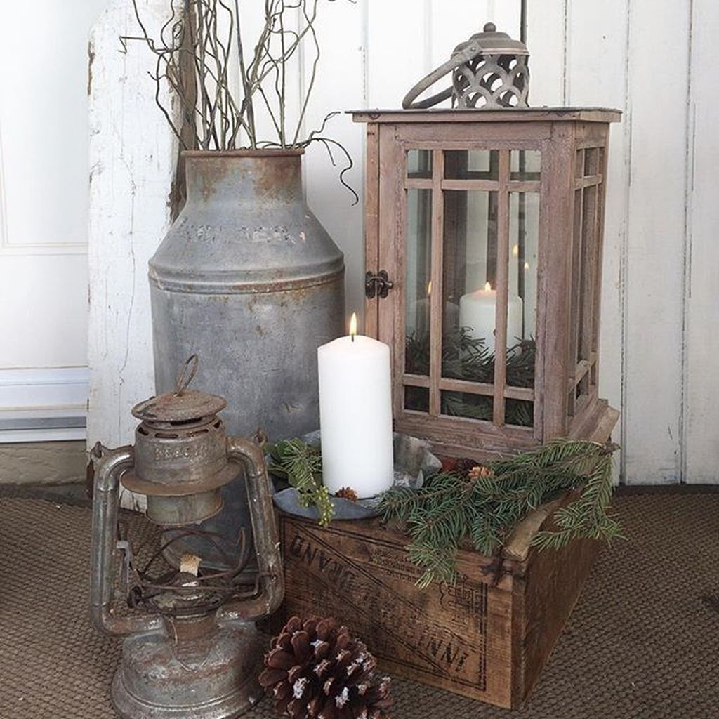Popular Rustic Winter Porch Decoration Ideas 02