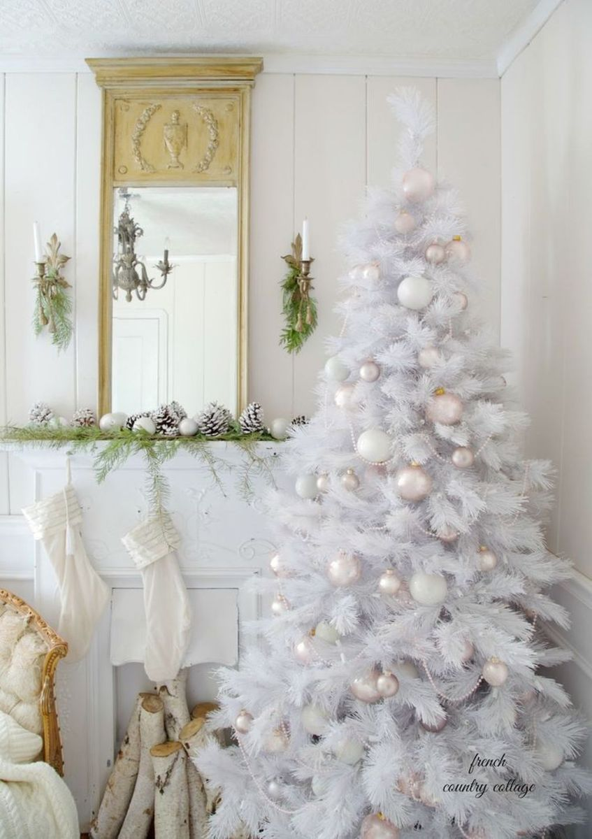 Stunning White Christmas Tree Ideas To Decorate Your Interior 01