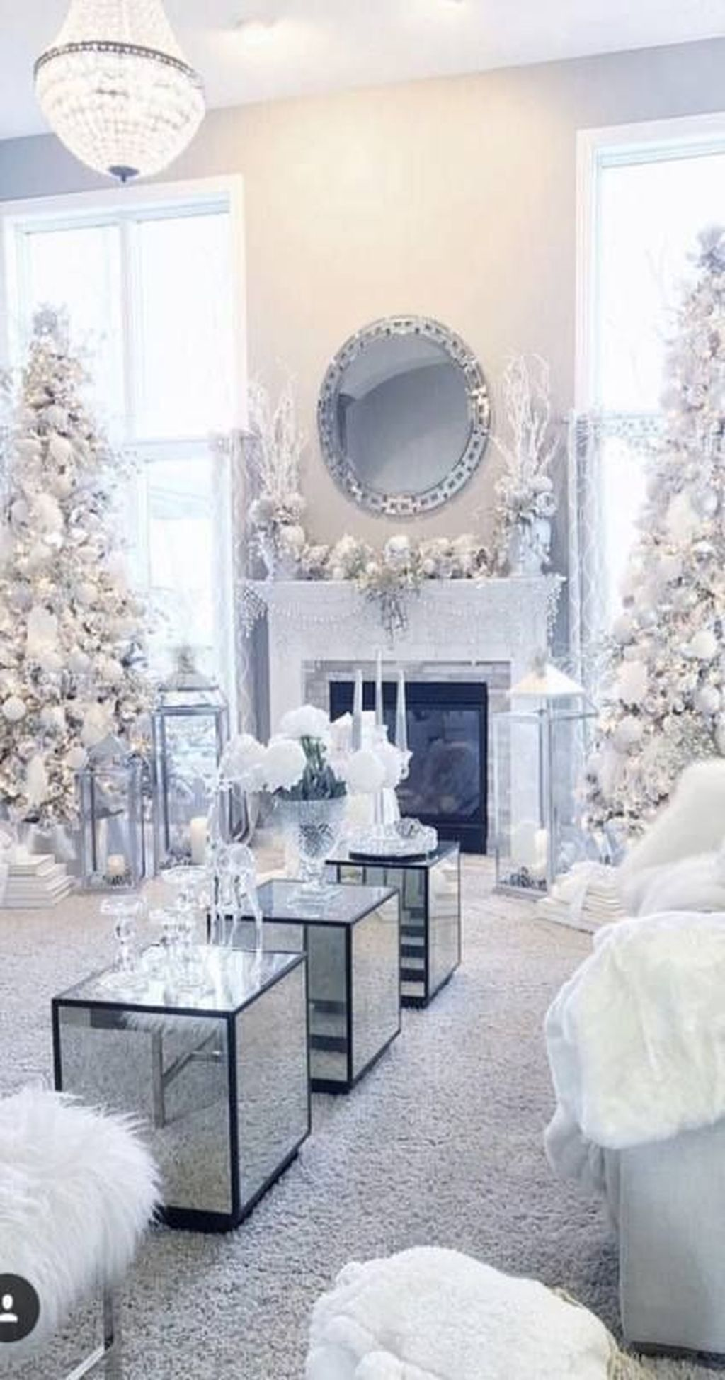 Stunning White Christmas Tree Ideas To Decorate Your Interior 16