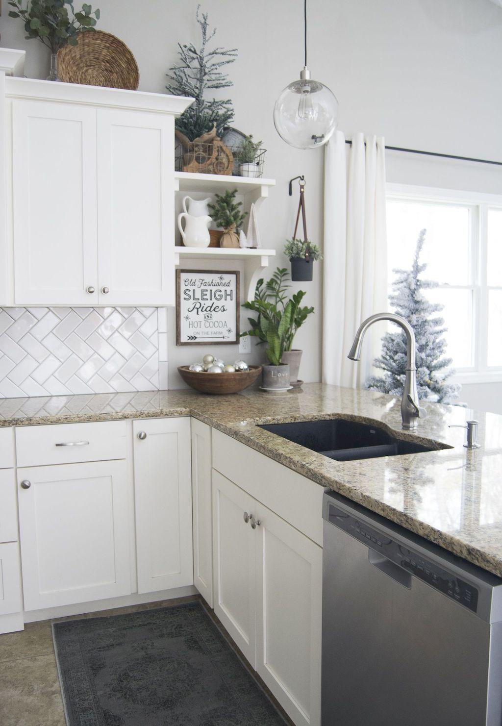 Stunning Winter Theme Kitchen Decorating Ideas 04