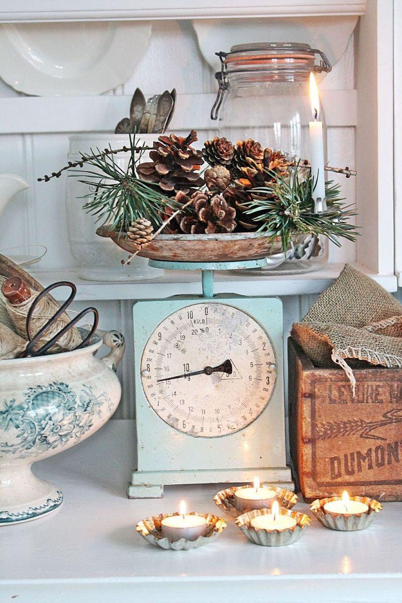 Stunning Winter Theme Kitchen Decorating Ideas 08
