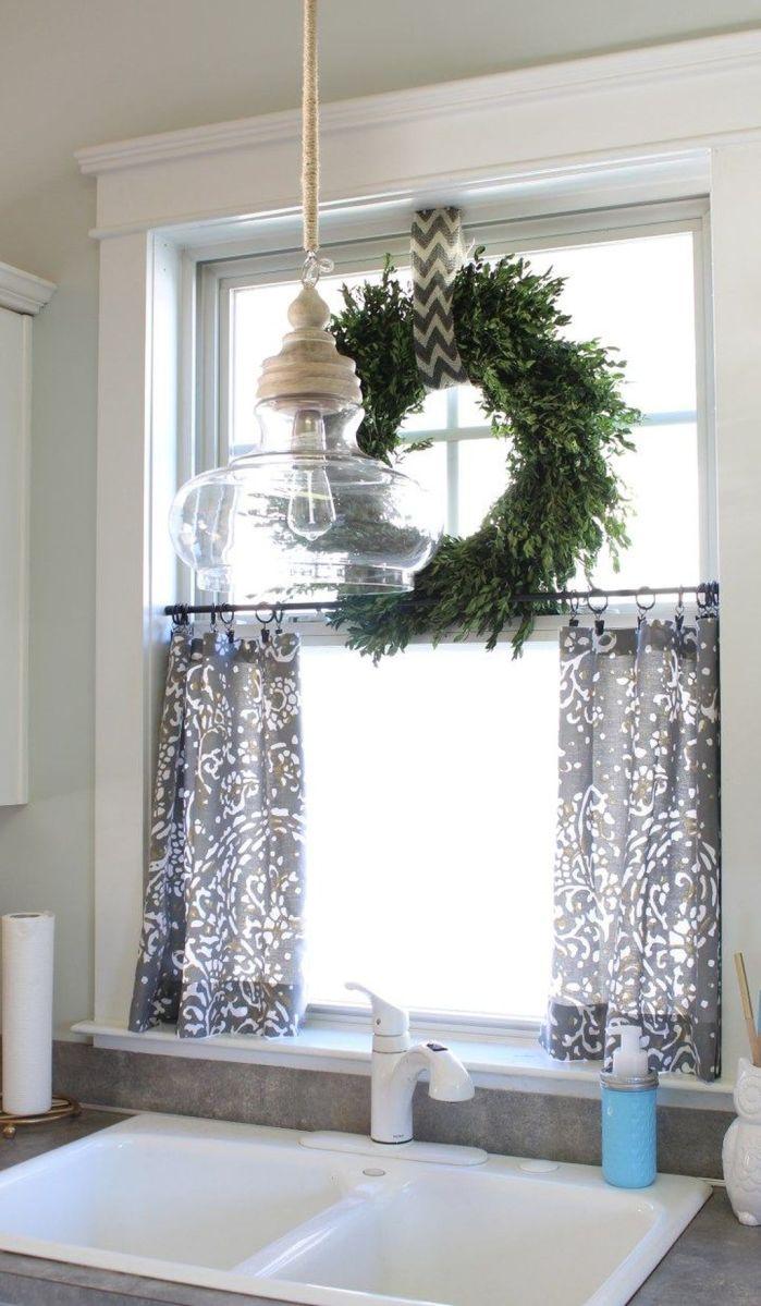 Stunning Winter Theme Kitchen Decorating Ideas 11