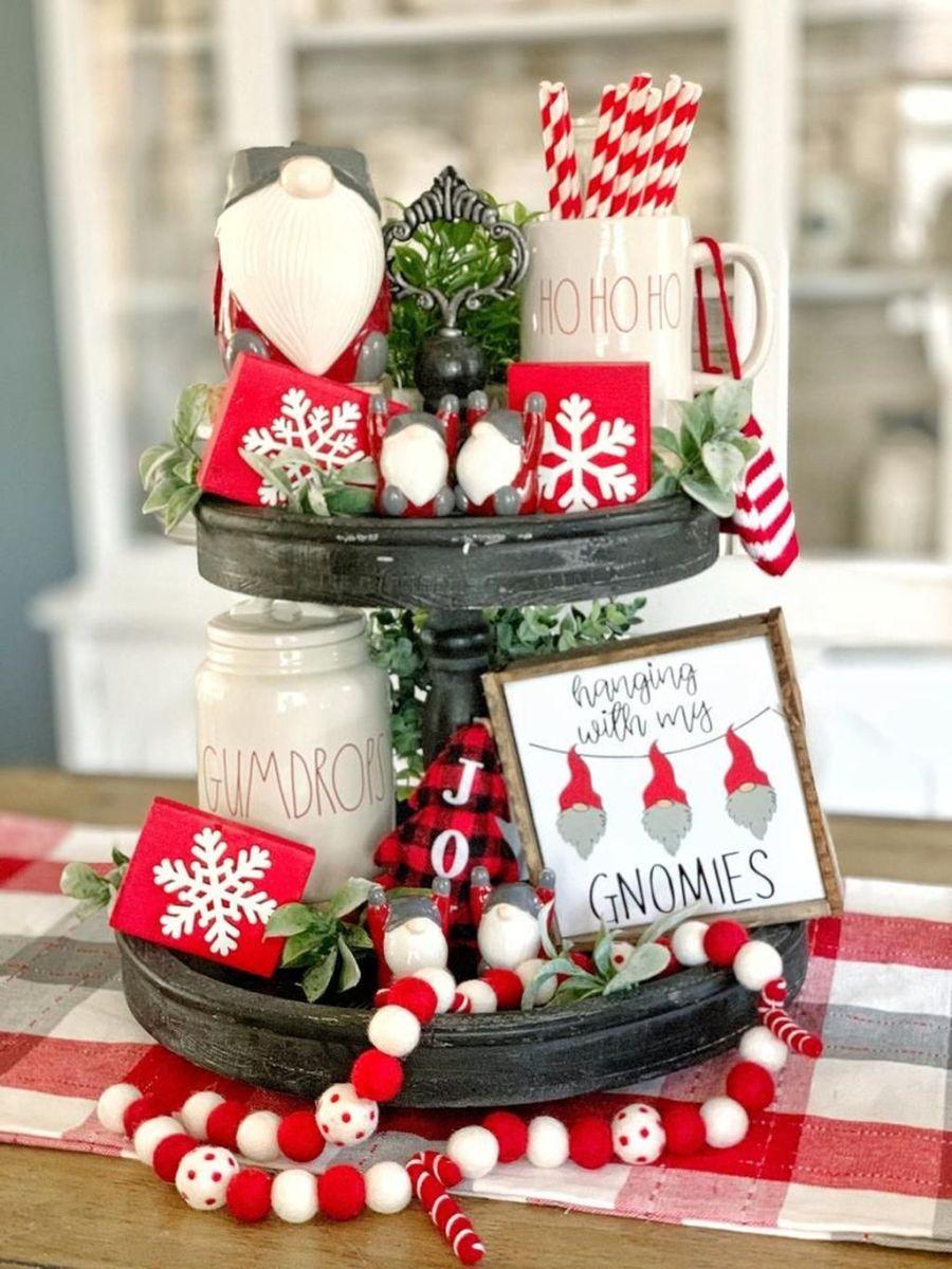 Stunning Winter Theme Kitchen Decorating Ideas 40