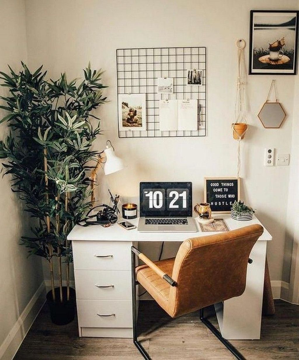 Admirable Modern Home Office Design Ideas That You Like 17