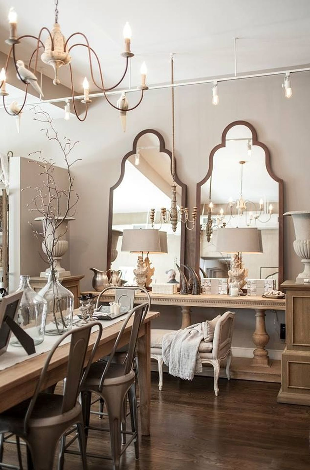 Amazing Wall Mirror Design Ideas For Dining Room Decor 22