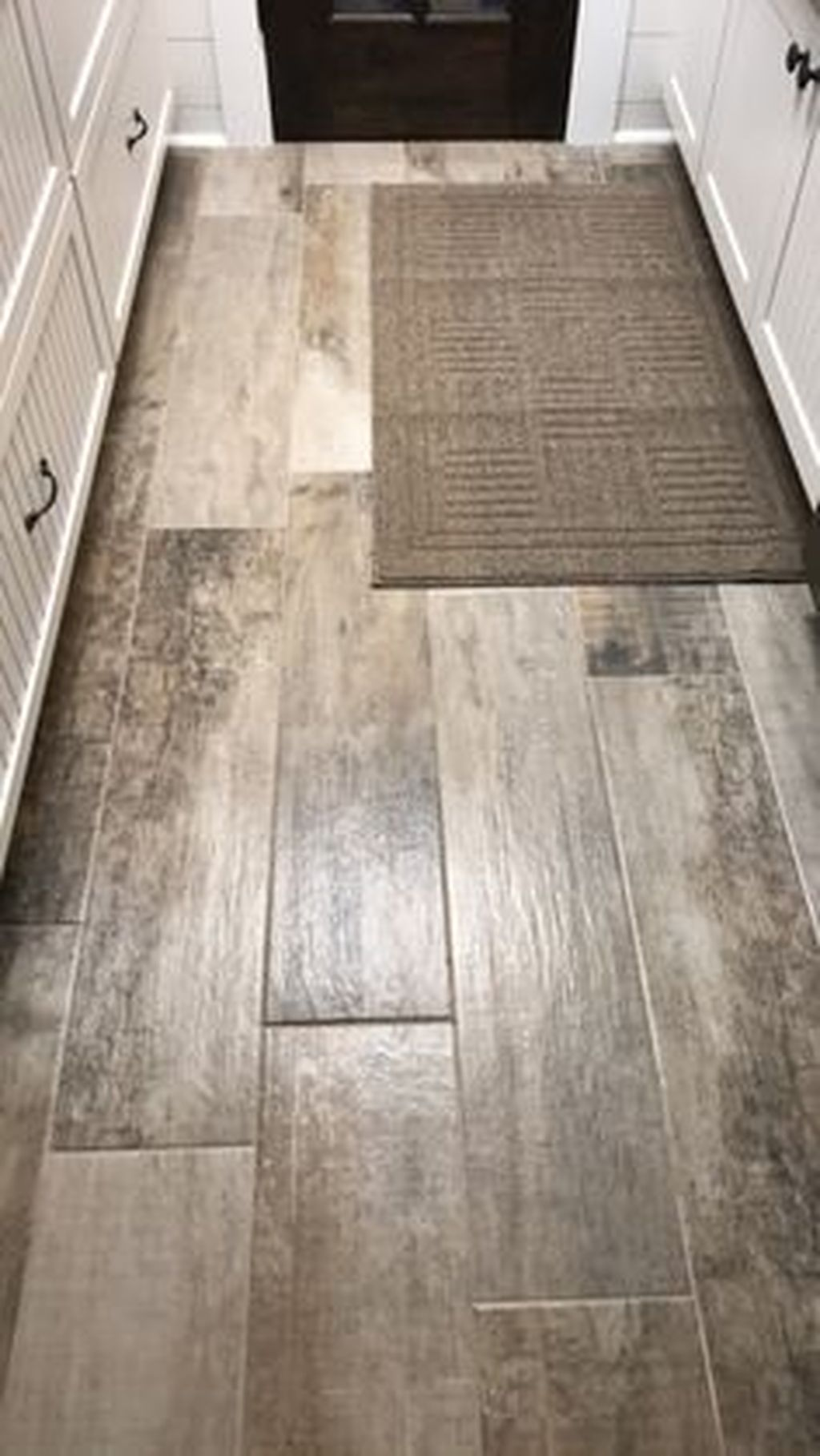 Awesome Wooden Tiles Flooring Ideas 21