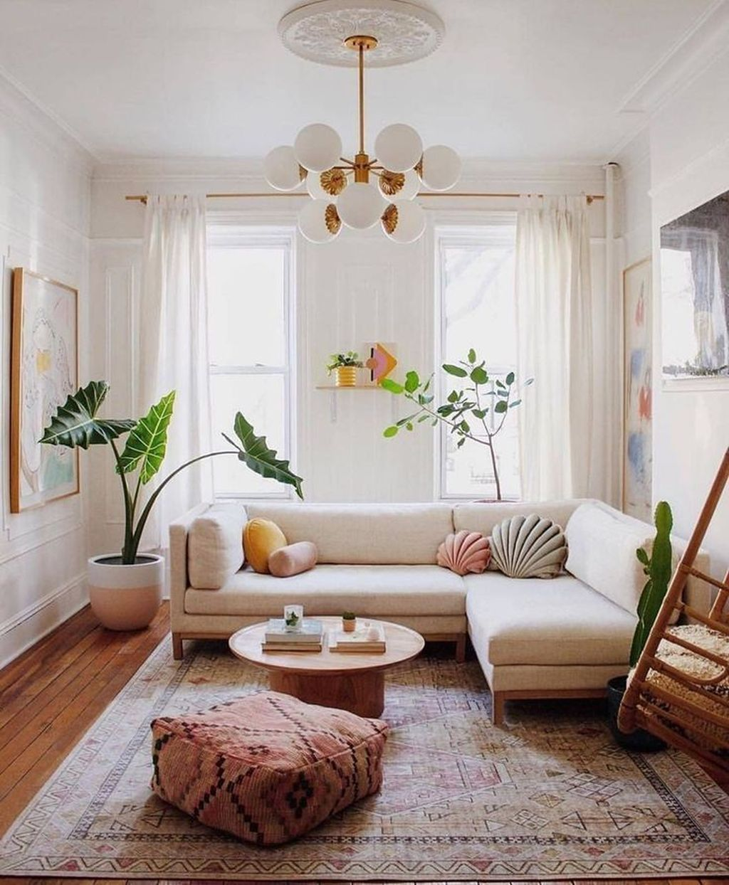 Beautiful Contemporary Living Room Decoration Ideas 30