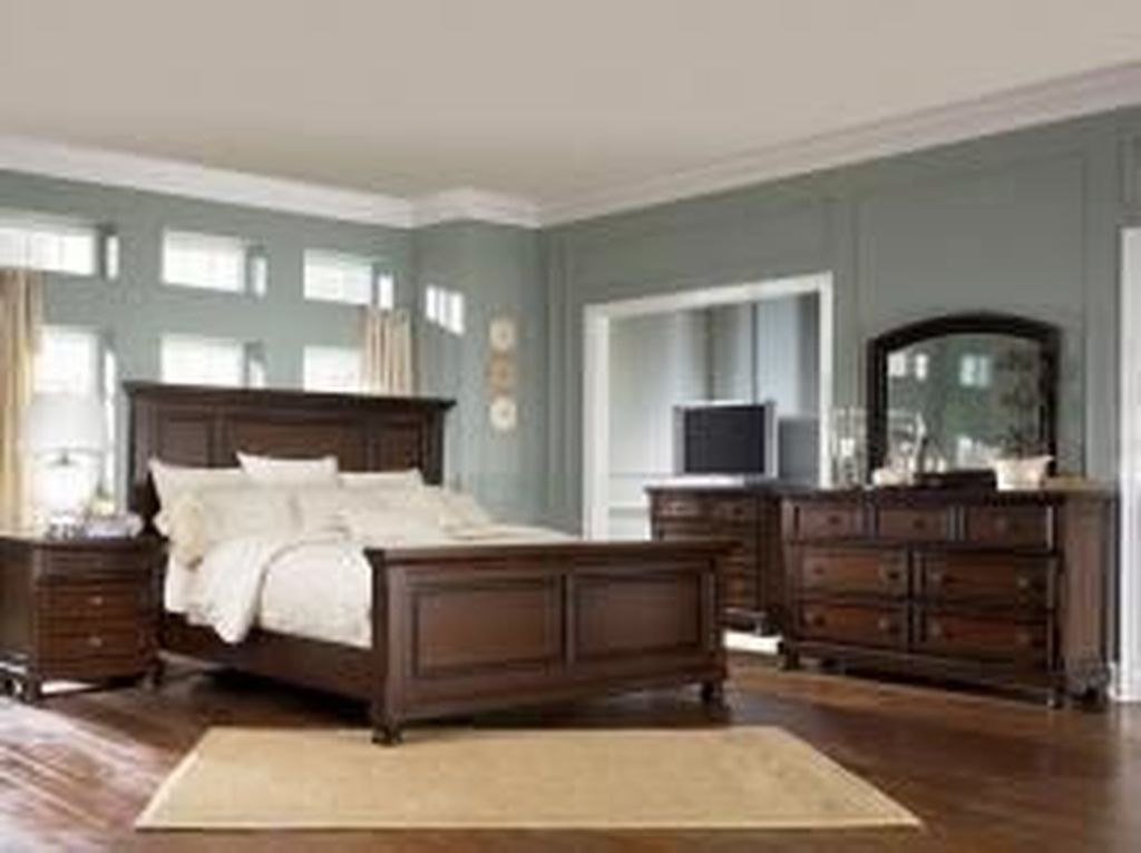 Beautiful Dark Wood Furniture Design Ideas For Your Bedroom 20