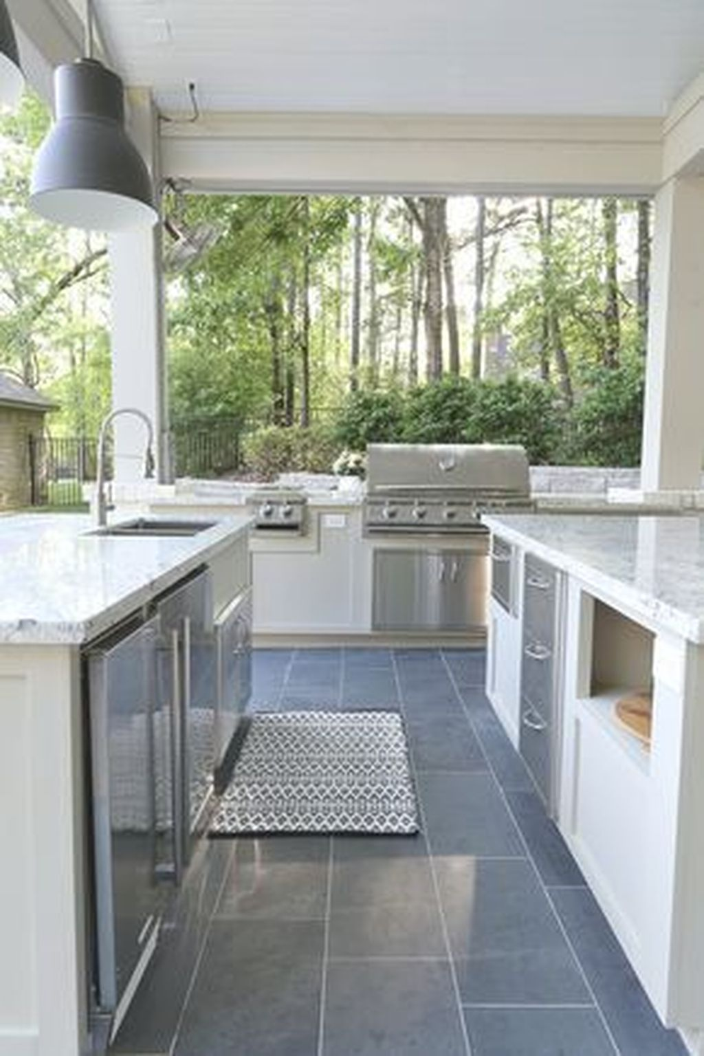 Fabulous Outdoor Kitchen Design Ideas You Must Have 13