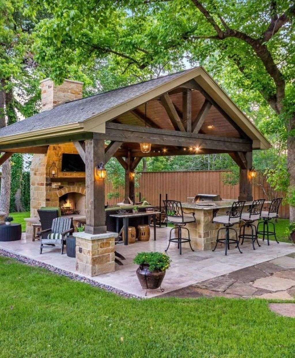 Fabulous Outdoor Kitchen Design Ideas You Must Have 18