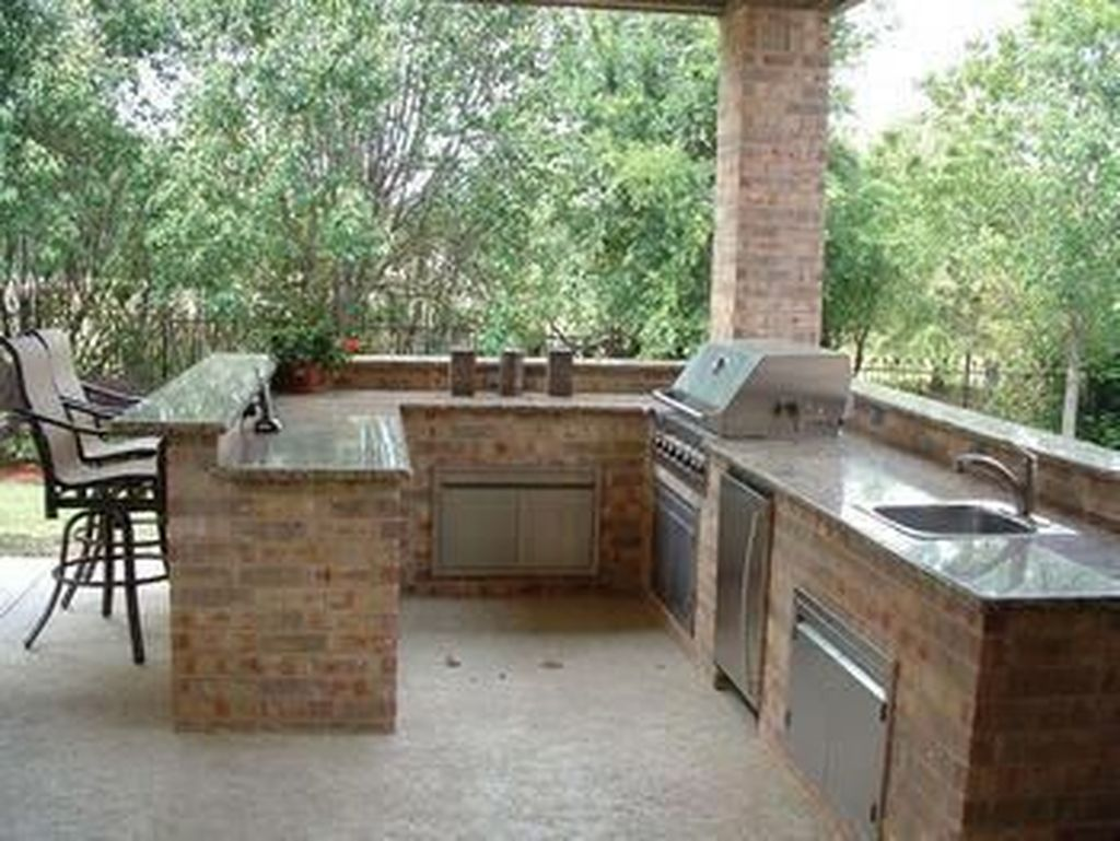 Fabulous Outdoor Kitchen Design Ideas You Must Have 19
