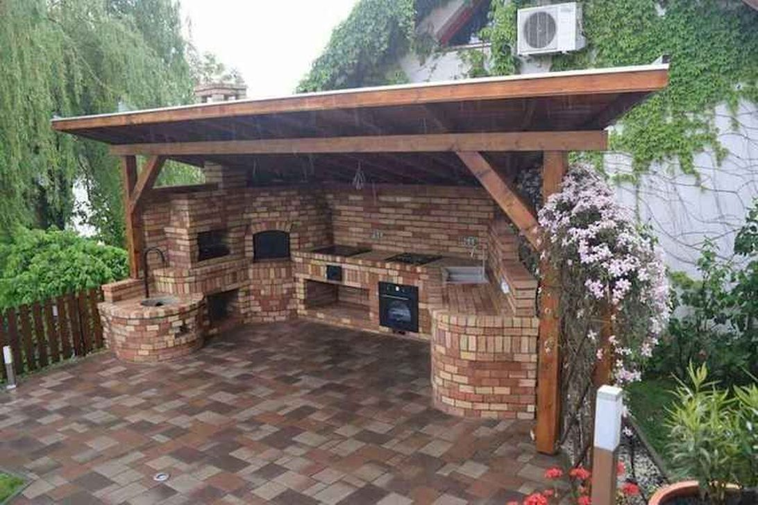 Fabulous Outdoor Kitchen Design Ideas You Must Have 27