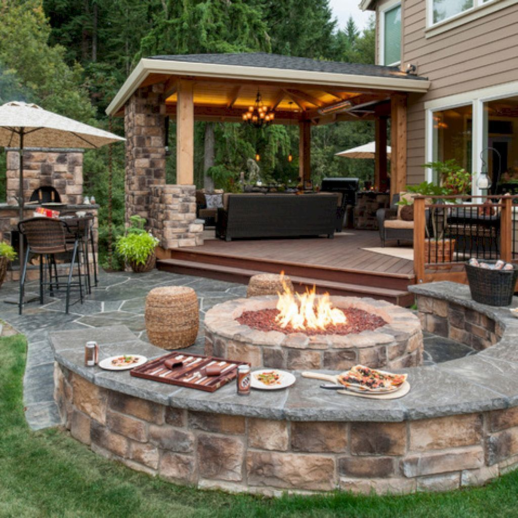 Fabulous Outdoor Kitchen Design Ideas You Must Have 28