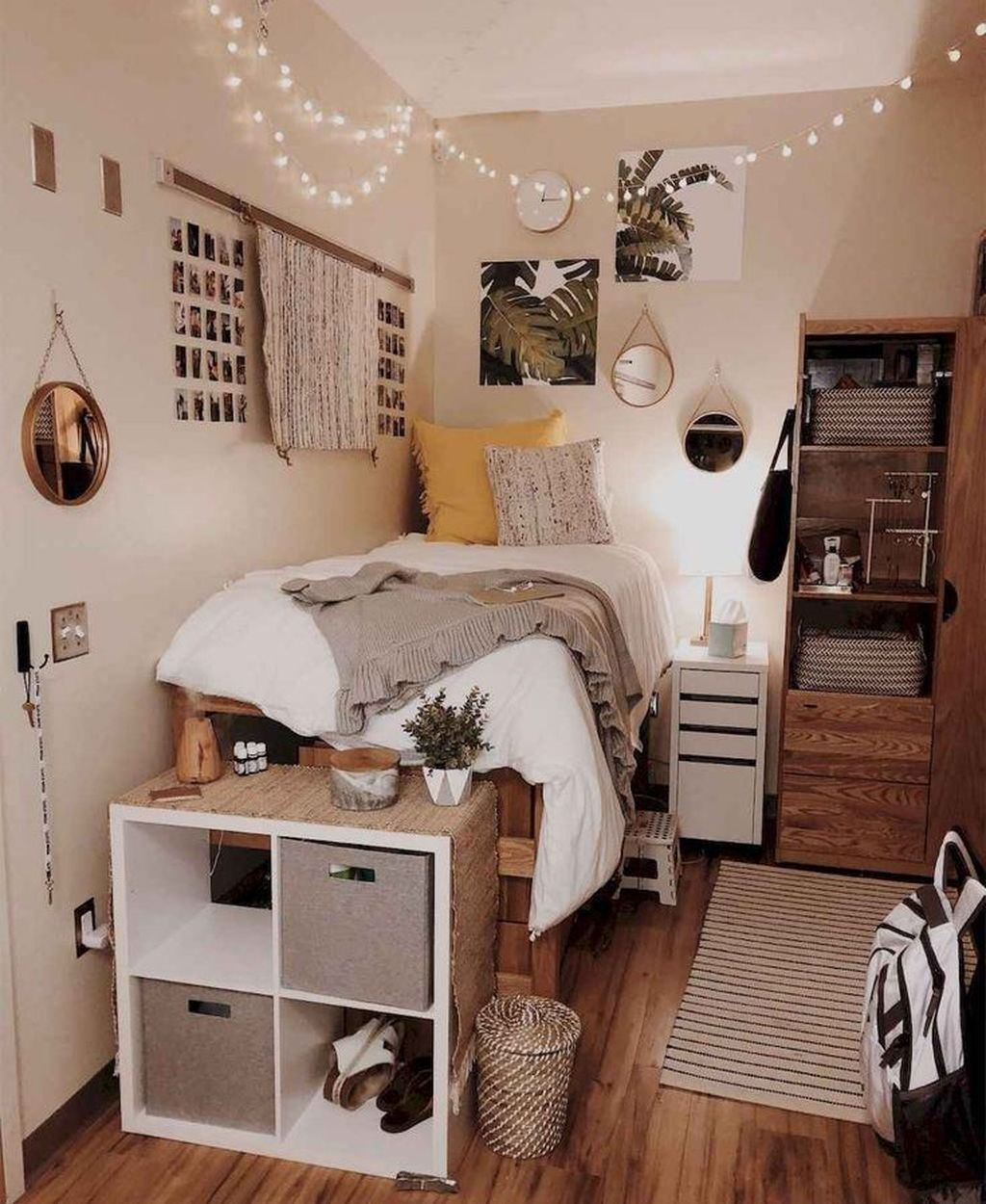 Fascinating Apartment Bedroom Decor Ideas 23