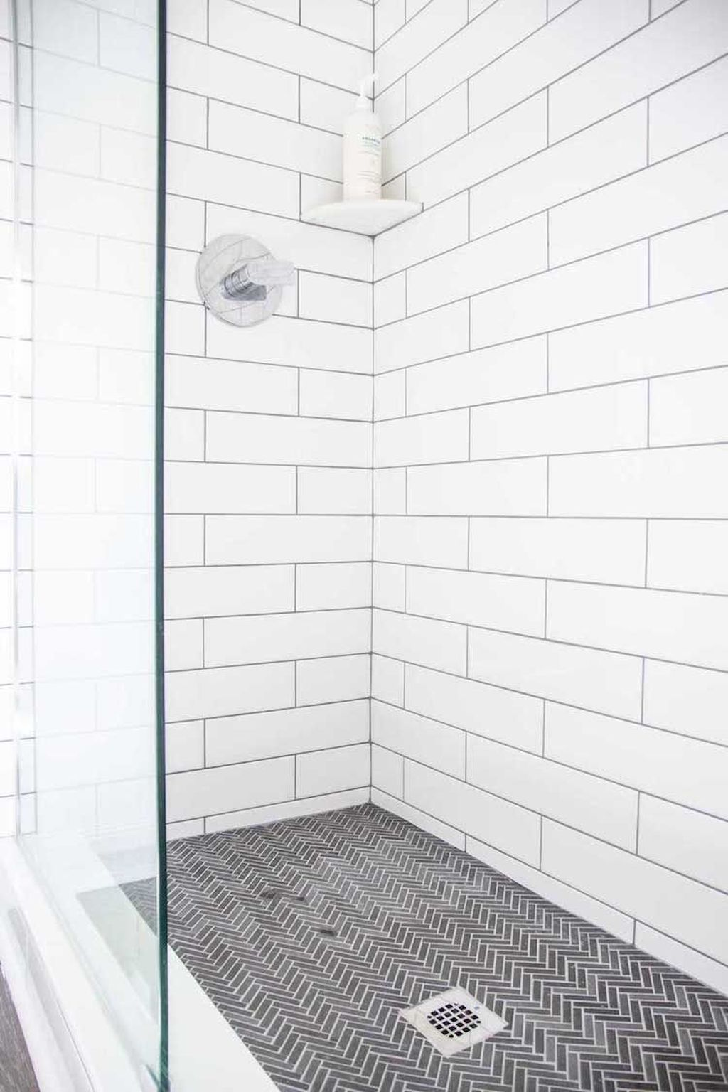 Inspiring Bathroom Tile Showers Design Ideas 17