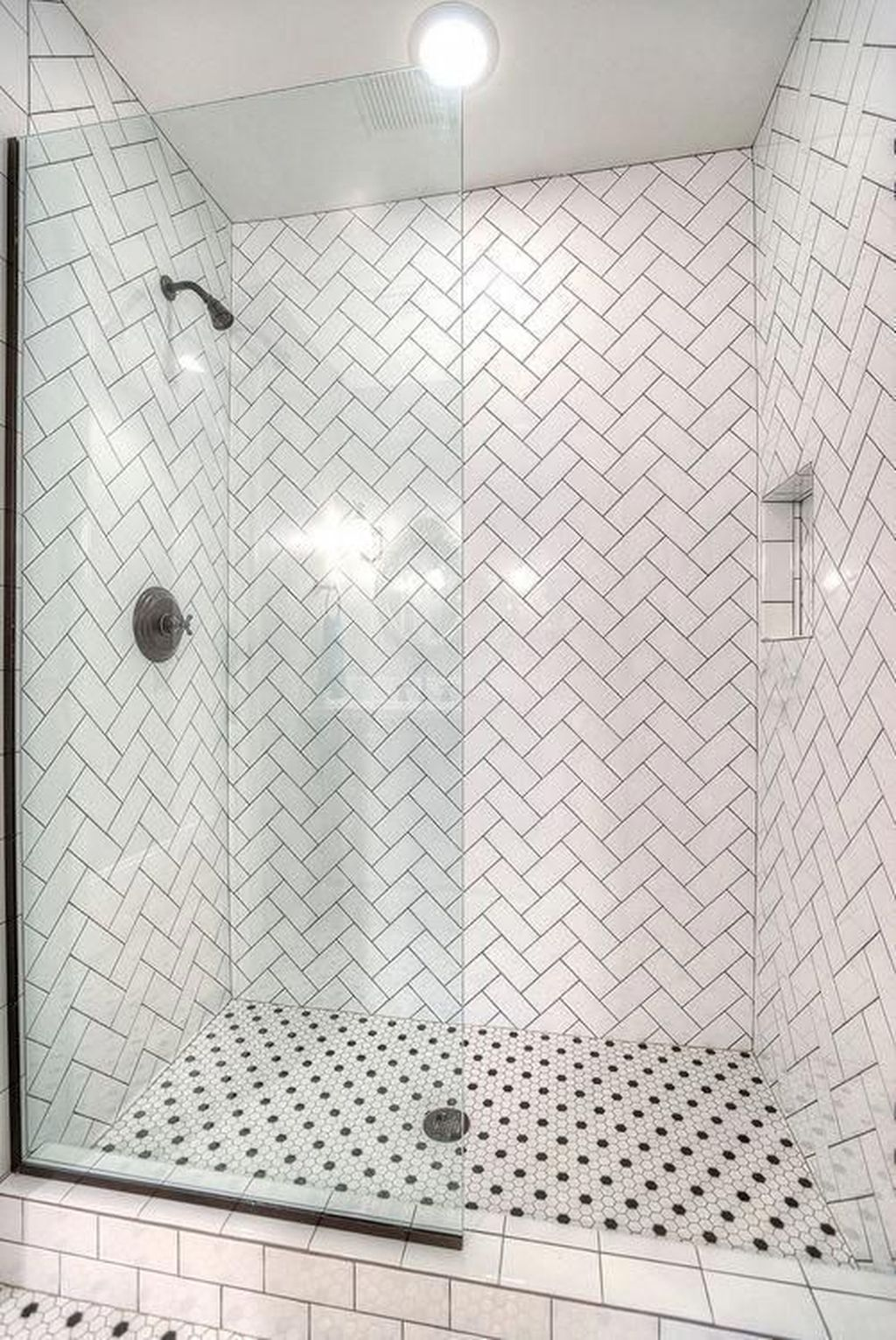 Inspiring Bathroom Tile Showers Design Ideas 24