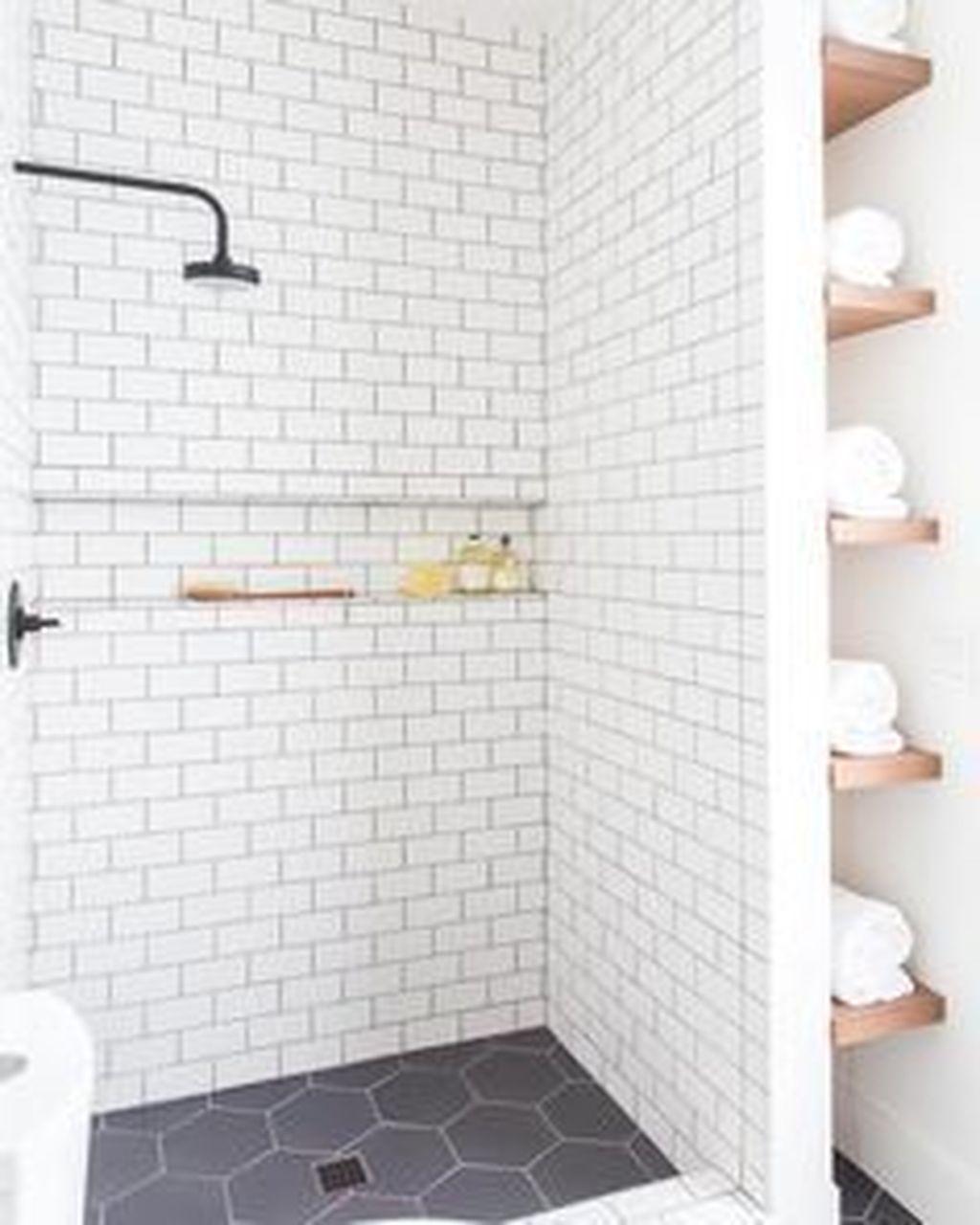 Lovely Bathroom Ceramic Tile Ideas You Should Copy 21