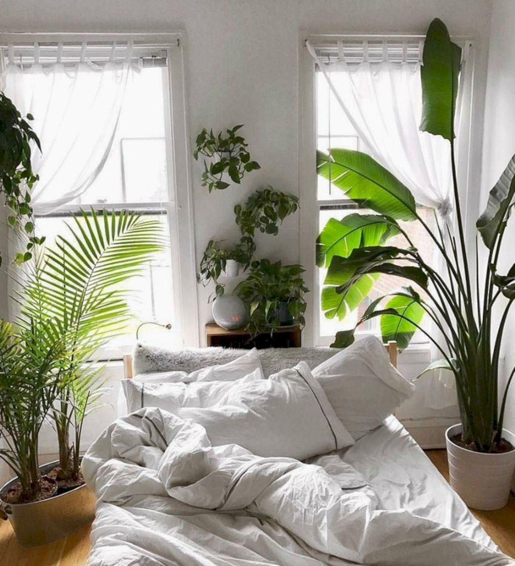 Lovely Bedroom Decor With Plant Ideas 28