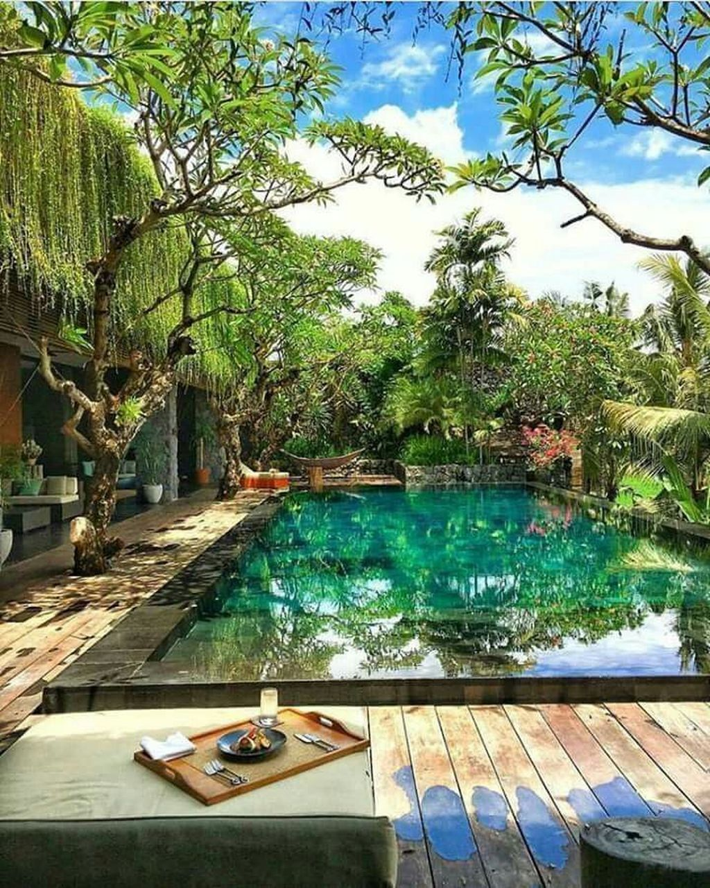 Lovely Swimming Pool Garden Ideas To Get Natural Accent 11