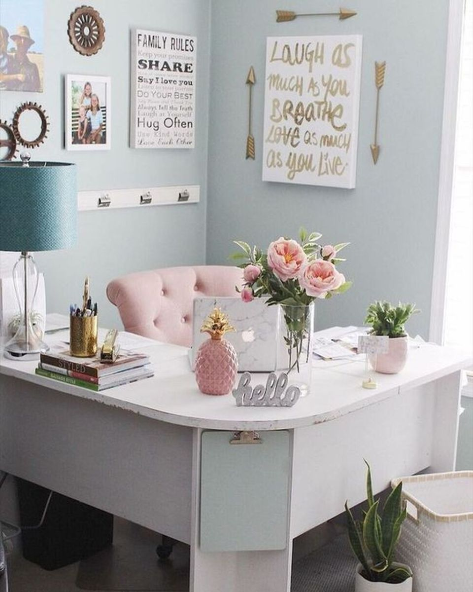 Nice Small Home Office Design Ideas 07