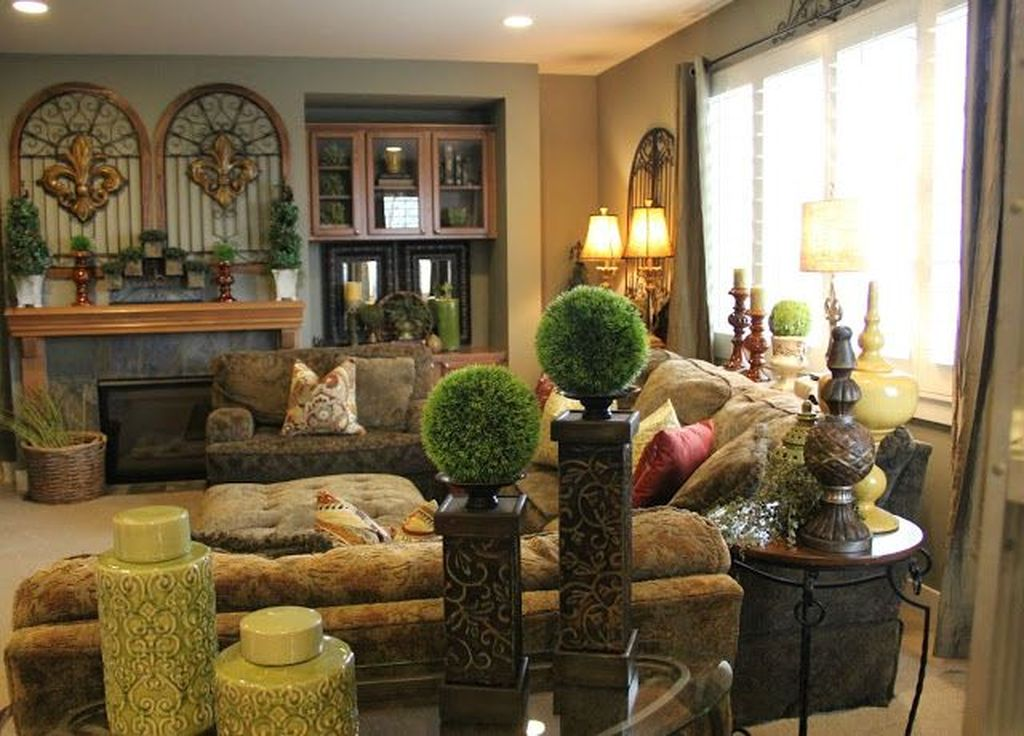 Nice Tuscan Living Room Decor Ideas You Will Love 19