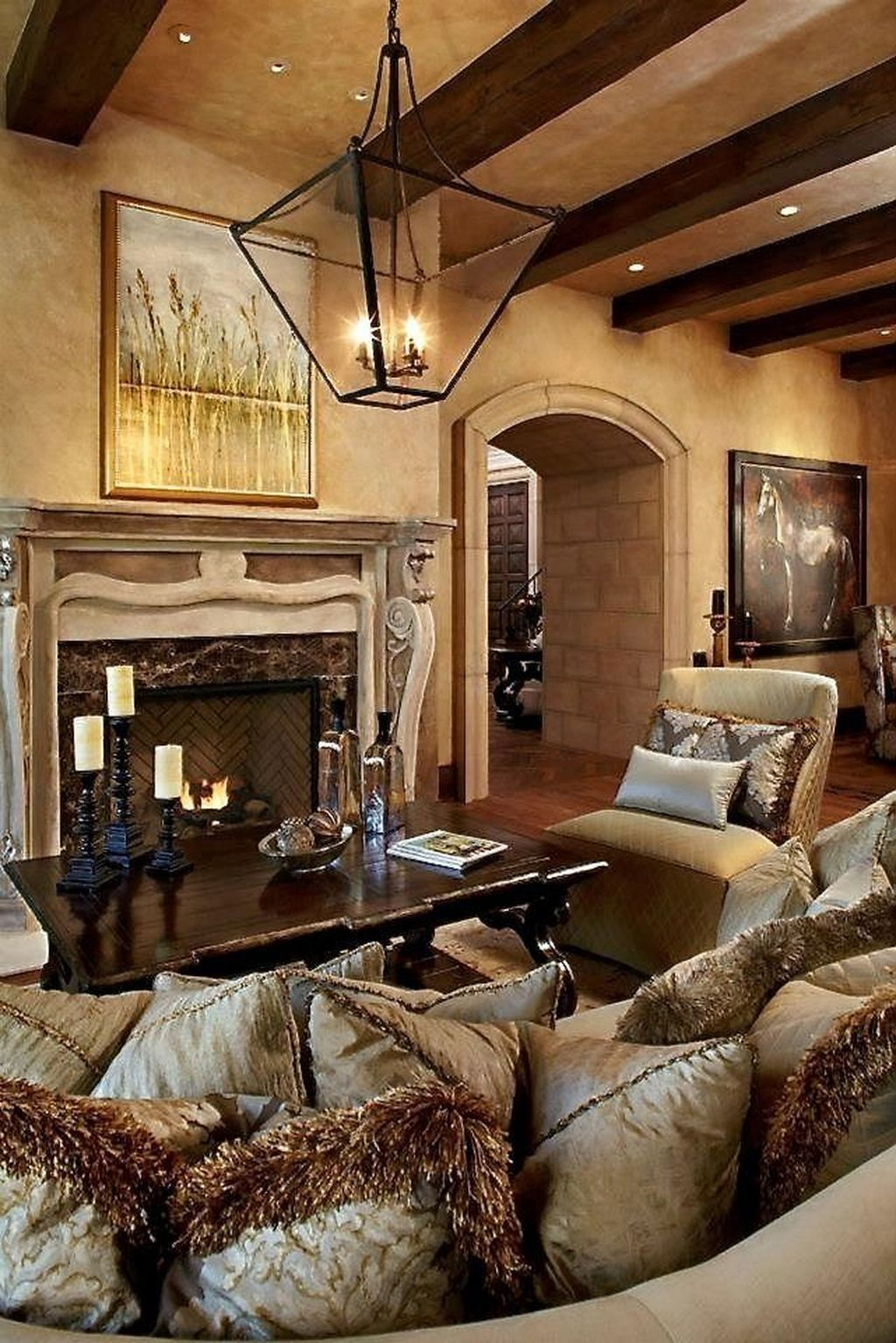 Nice Tuscan Living Room Decor Ideas You Will Love 24