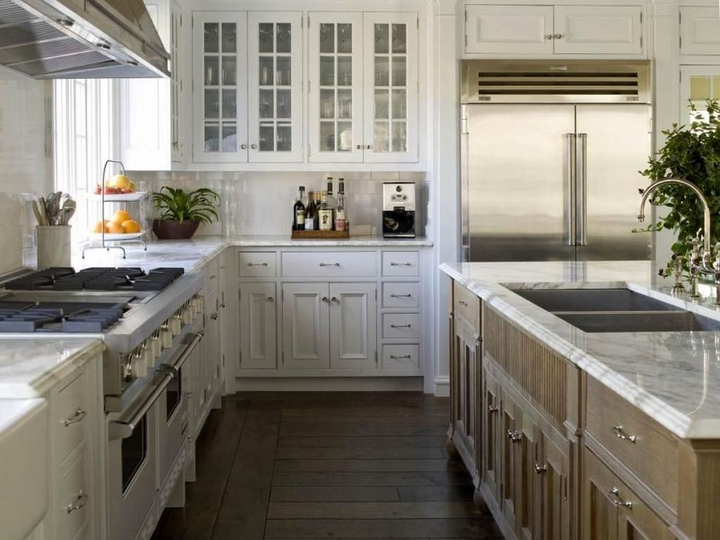 Popular U Shaped Kitchen Design Ideas 11