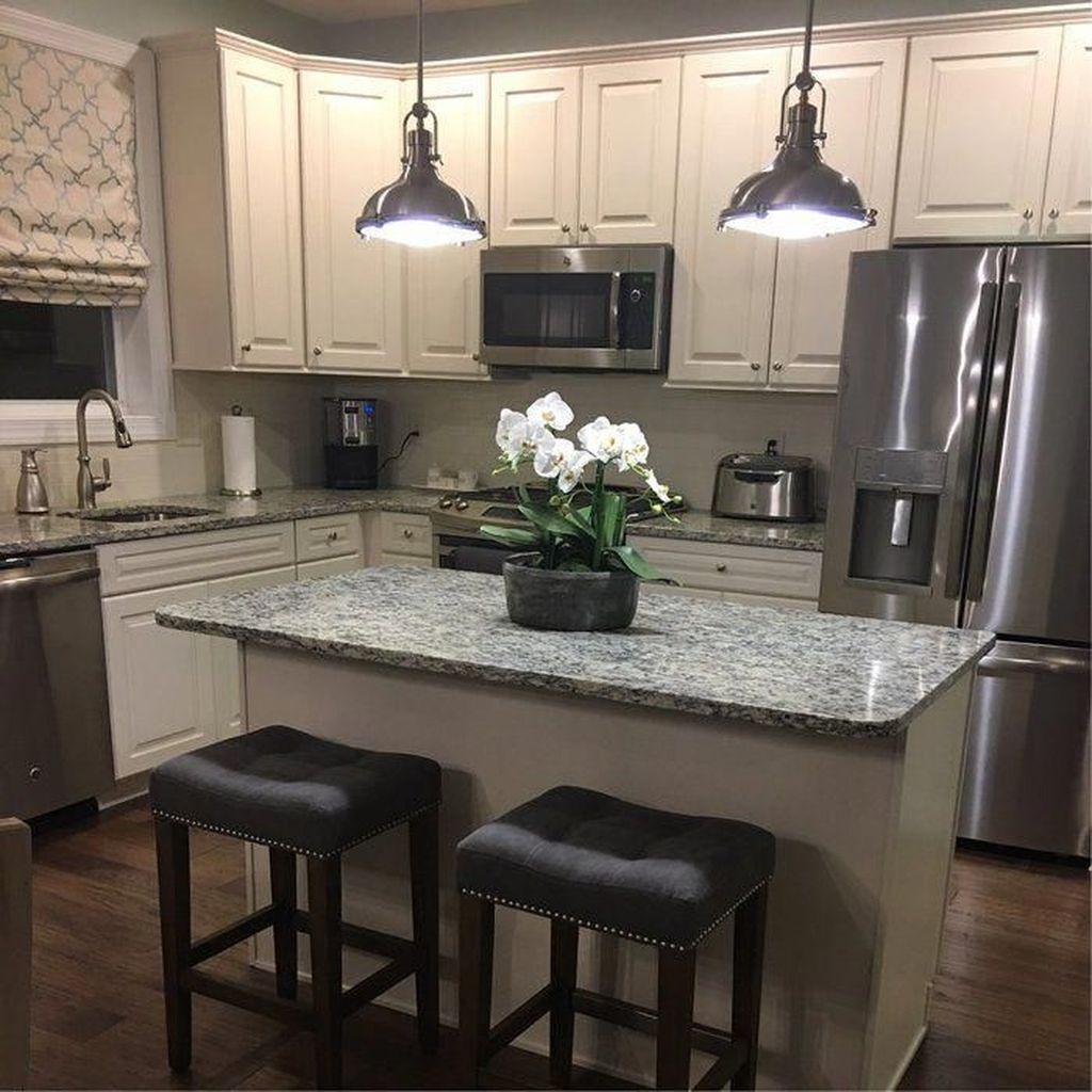 Wonderful Kitchen Lighting Ideas To Make It Look More Beautiful 07