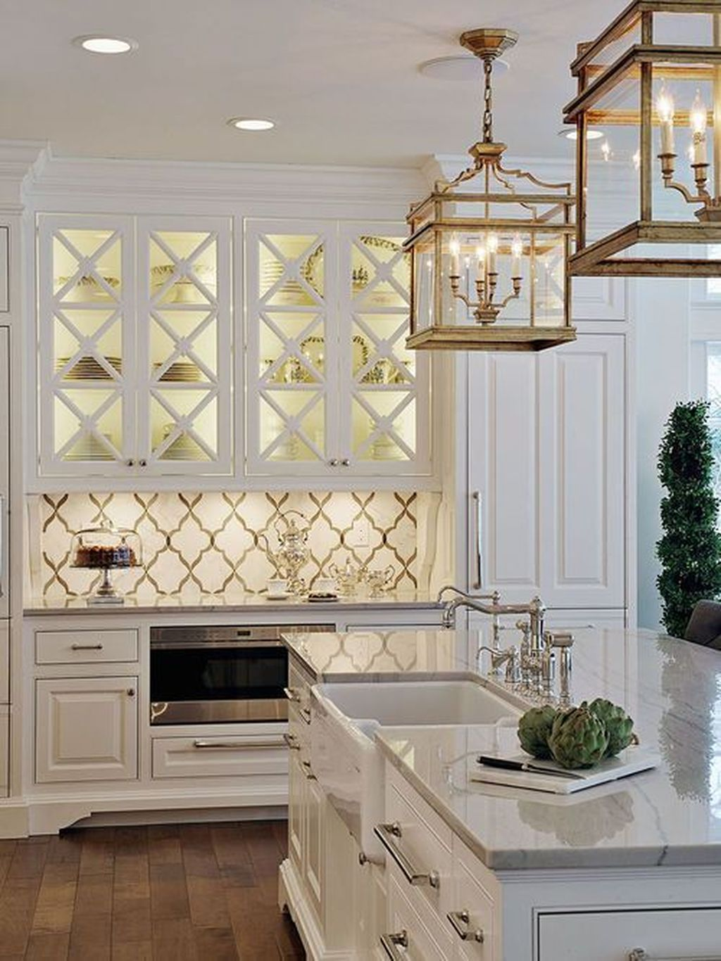 Wonderful Kitchen Lighting Ideas To Make It Look More Beautiful 24