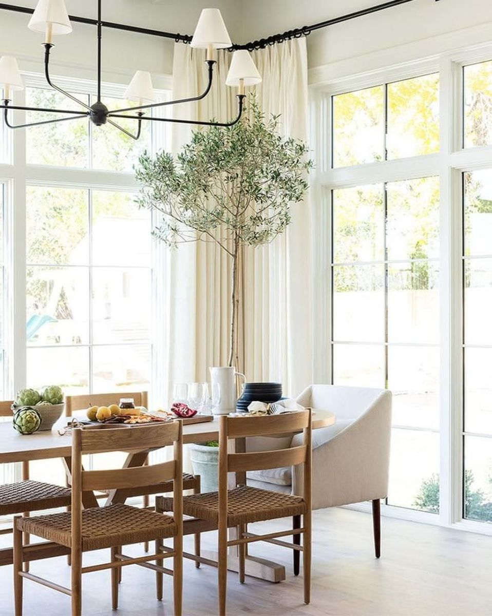 Stunning Dining Room Table Design With Modern Style 23