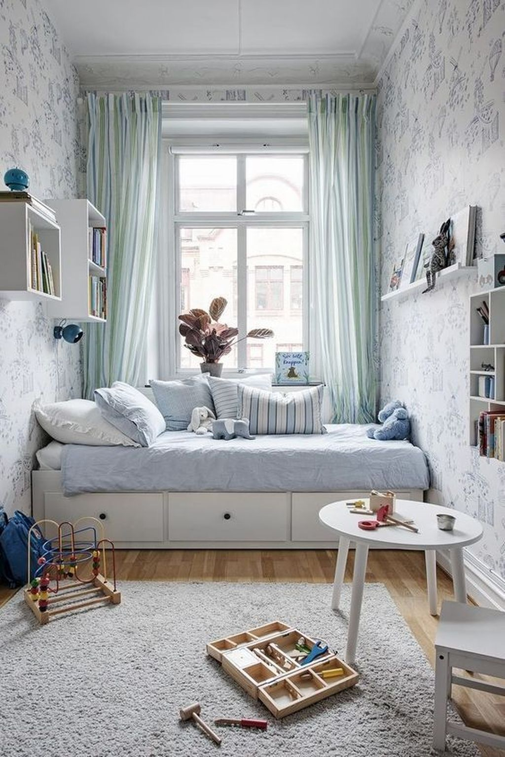 Admirable Tiny Bedroom Design Ideas 19