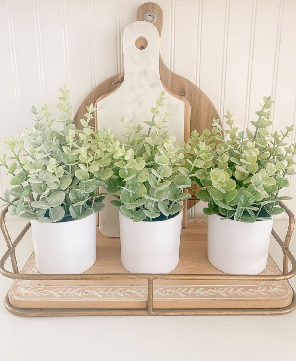 Beautiful Farmhouse Spring Table Decor Ideas 03