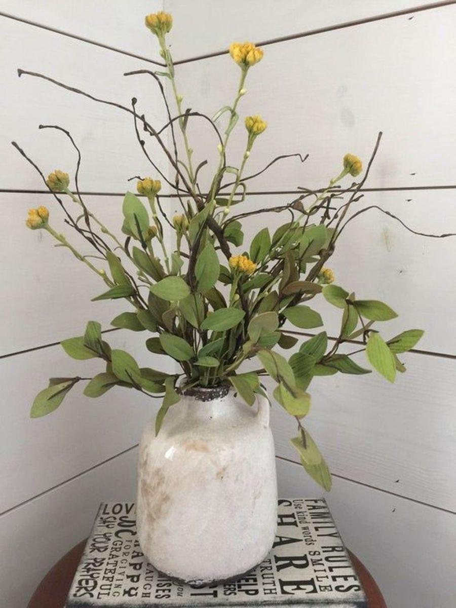 Beautiful Farmhouse Spring Table Decor Ideas 06